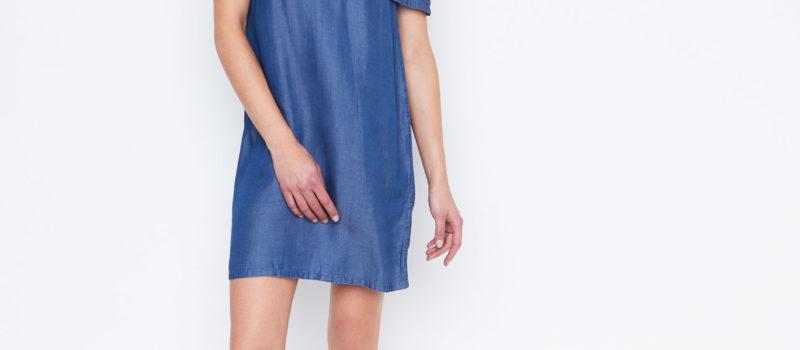 Robe en jean, à la fois tendance et moderne